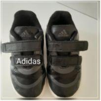 Tênis Adidas preto - 23 - Adidas