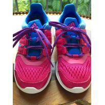 Tênis Adidas Tam. US 12k - 28 - Adidas