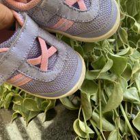 Tênis rosa e roxo importado - 17 - Importada