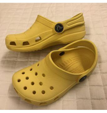 Amarelo - 27 - Crocs