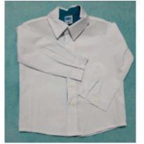 Camisa branca com detalhe azul - 9 a 12 meses - marca variada