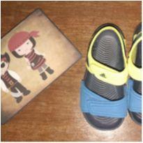 Sandália Adidas - Tamanho 22 - 22 - Adidas