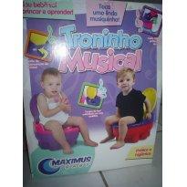 Troninho musical - Sem faixa etaria - Maximus
