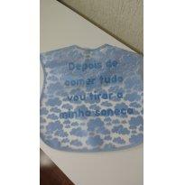 0381-Babador em plástico Nuvens - Sem faixa etaria - Teddy Boom
