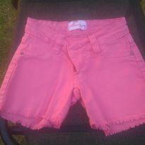1715-Shorts pink - 3 anos - Marca não registrada