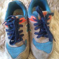 1756 - Tênis cinza, azul e laranja - 27 - New Balance