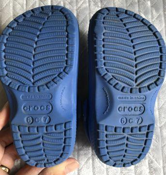 Crocs azul tam 6/7 - 22 - Crocs