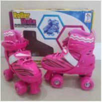 Patins Roller Skate 4 rodas 30-33 Pink - NOVO NA CAIXA! -  - Fenix Brinquedos