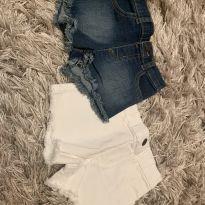 2 shorts jeans e branco importado - 3 anos - Importada