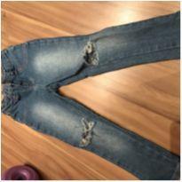 Calça jeans rasgada - moderninha - 4 anos - Hering Kids