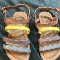 Sandália colorida - 25 - Não informada