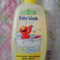 Shampoo banho cabeça e corpo. (Importado) - Sem faixa etaria - Sesame Street