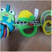 Trio brinquedos/mordedores bebê! -  - Fisher Price e Bright Starts