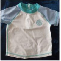 Camiseta Gap praia/piscina. - 9 a 12 meses - Baby Gap