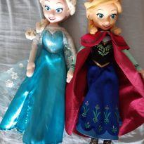 Bonecas Ana e Elsa. -  - Importada