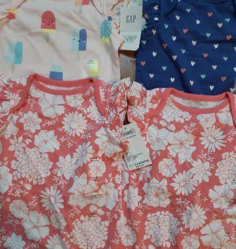 Kit body Gap menina - 3 a 6 meses - Baby Gap