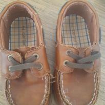 Sapato Carters