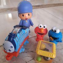 Brinquedinhos para bebê -  - Sesame Street e Thomas & Friends - USA