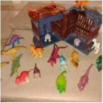 Kit Mini dinossauros mais jaula -  - Outras