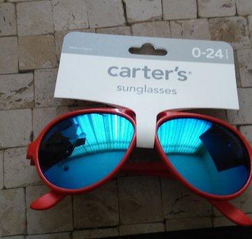 Oculos de sol Carters Original no Ficou Pequeno - Desapegos de ... cc59d883e3