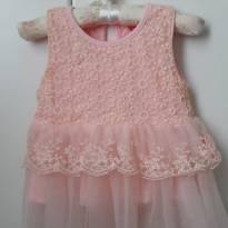 Vestido rendado rosa - 9 a 12 meses - Não informada