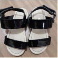 Sandália tiras na cor preto - 23 - Molekinha