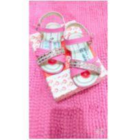 Sandália rosa com pedrinhas - 21 - Não informada
