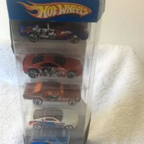 Carrinhos da Hot Wheels - Sem faixa etaria - Mattel