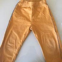 Calça amarela - 4 anos - PUC