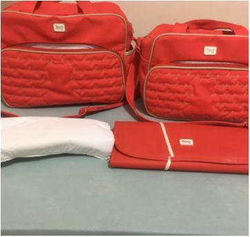 conjunto de bolsas maternidade com trocador  hug baby - Sem faixa etaria - Hug  Eireli