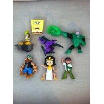 Kit com 7 Brinquedos de Personagens Famosos, Articulados e com Funções - Sem faixa etaria - Mattel e Outras