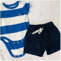 Body Gap + shorts carters 3 meses - 0 a 3 meses - Carter`s e Baby Gap