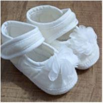 Sapatinho Bebê Branco - 01 - Sem marca