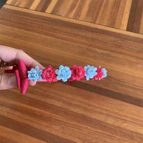 tiara com laço e flor prensada com pérolas -  - Sem marca