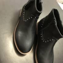Bota - Cano curto - Couro preto com detalhes em prata - Zara Girls - 33 - Zara