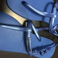 Chinelo (estilo rasteira) Havaianas - Azul - 33 - Havaianas