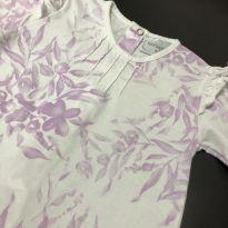 Macação bebe estampado floral + Bolero linha com apliques perola - Noruega Baby - 6 meses - Noruega Baby