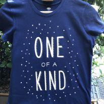 Camiseta M/C - Algodão ONE of a KIND arredondado - Old Navy - 14 anos - Old Navy