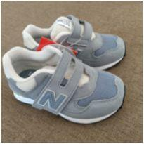 Tênis New Balance Importado - 21 - Importado