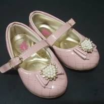 sapato / sapatilha rosa matelassê com strass e perolas - 21 - Não informada