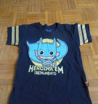 Camisa Heroína em Treinamento - 6 anos - Piticas
