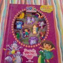 Livro com 10 mimiaturas - Dora Aventureira -  - Não informada