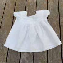 Bata branca Baby Gap Tam 12 meses