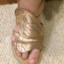 Sandália couro molinho