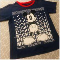 camiseta mickey - 6 anos - Disney e etiqueta foi cortada