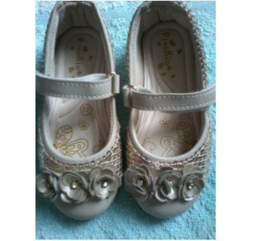 Sapato  Dourado - 22 - Pinokio