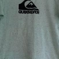 CAMISETA - QUIKSILVER  KIDS - TAM: GG - VESTE 14 ANOS - 14 anos - Quicksilver