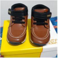 Sapato Klin Outdoor Botinha - Caramelo/Preto - 24 - Klin