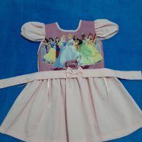 Vestido festa Princesas - 3 anos - Não informada