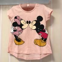 Camiseta Minnie e Mickey